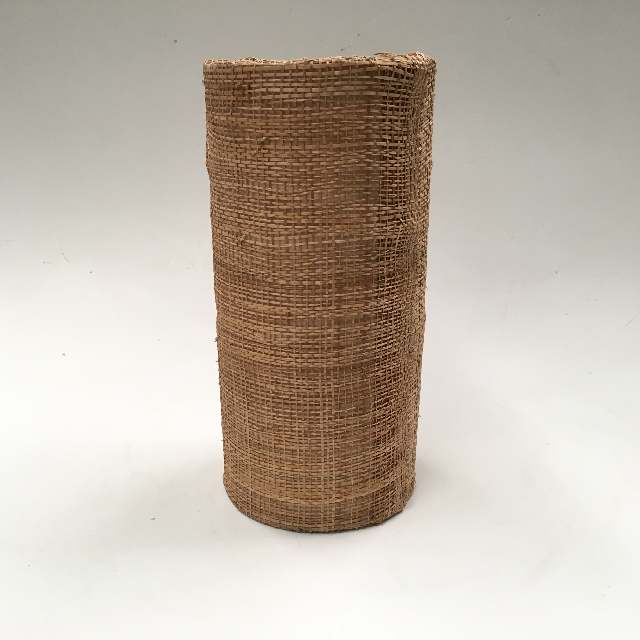 LAM0914 LAMPSHADE, 1950s, Woven Cylinder 30cmH $10