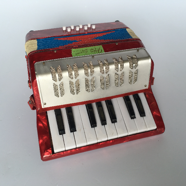 ACC0001 ACCORDIAN, Red Golden Cup $20