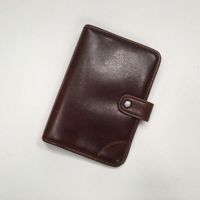 COM0300 COMPENDIUM,  Small Brown $6.25