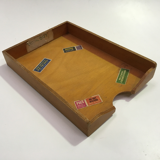 DOC0009 DOCUMENT TRAY, Timber w Stickers $6.25
