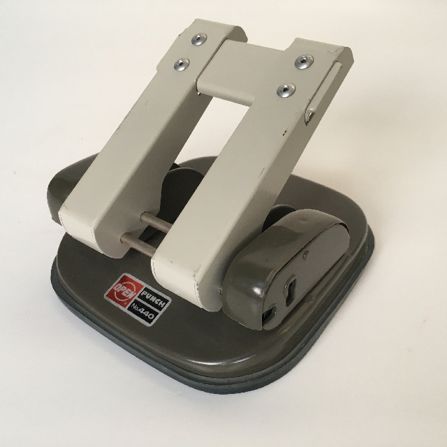 HOL0051 HOLE PUNCH, Period Metal $6.25