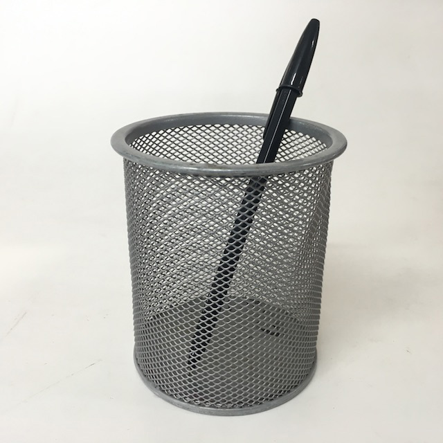 PEN0058 PEN HOLDER, Silver Grey Mesh - Round $3
