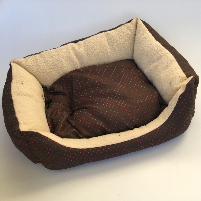 PET0013 PET, Bed - Soft Brown And Fleece $12.50