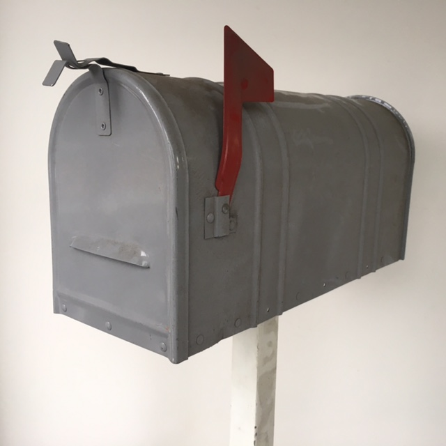 POS0078 POST BOX, USA 53cm Grey $31.25