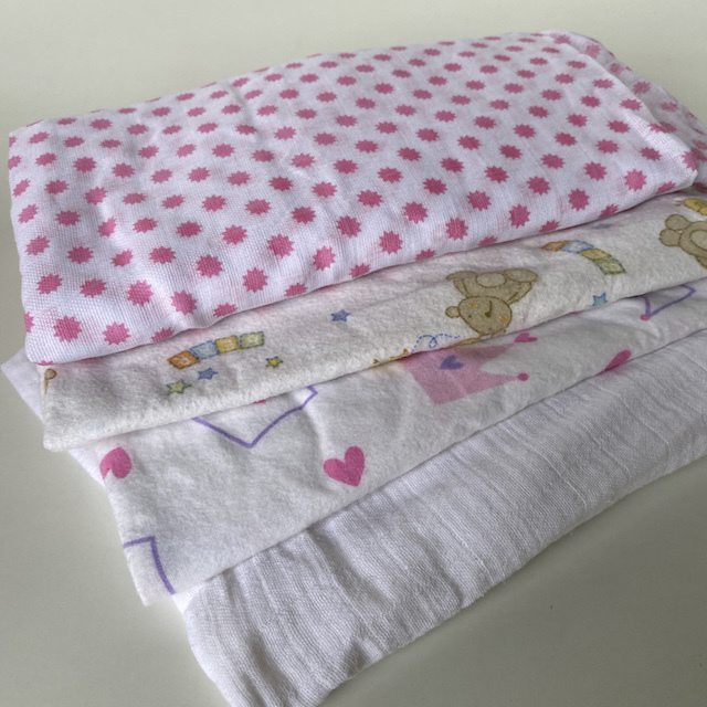 BAB0005 BABY BLANKET, Girls Wrap $3.75