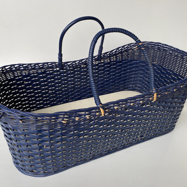 BAS0300 BASSINET, Blue Wicker Carry Cot Basket $22.50