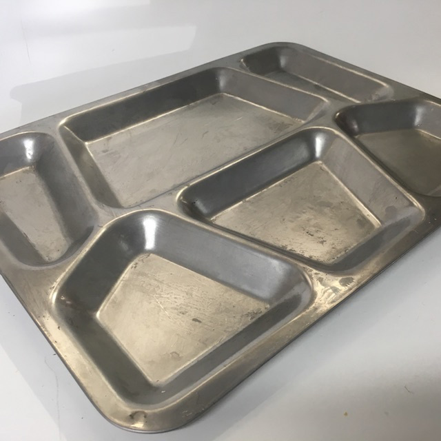 TRA0009 TRAY, Compartment Style $7.50