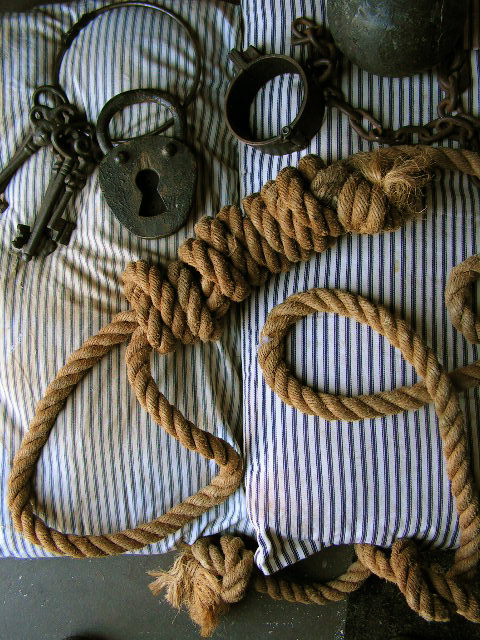 Prison Cell Styling - Noose