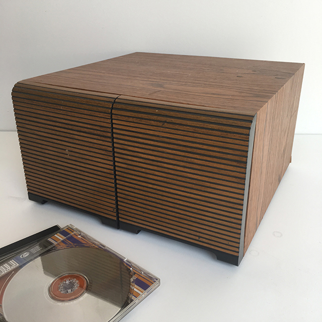 COM0200 COMPACT DISC, HOLDER - Slat Veneer $15