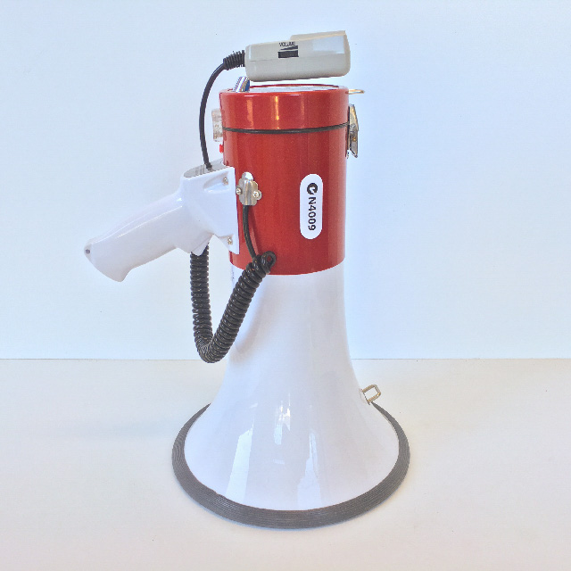 MEG0007 MEGAPHONE, Battery Operated - Red & White $15
