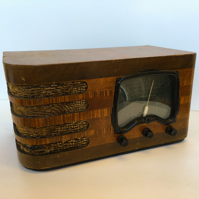 RAD0013 RADIO, 1930s Timber STP 45cm W $50