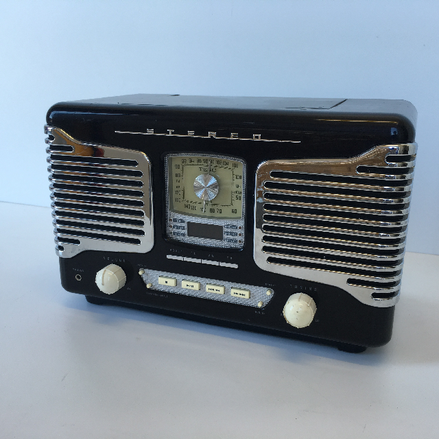 RAD0014 RADIO, 1950s Black Chrome Stereo $25
