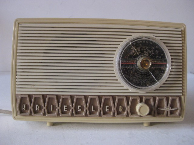 RAD0017 RADIO, 1950s Cream Kreisler $20