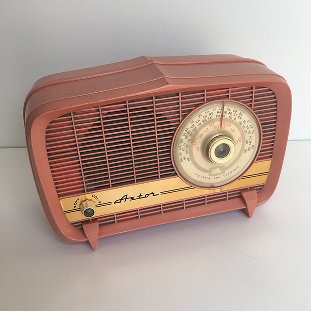 RAD0019 RADIO, 1950s Pink Astor $25