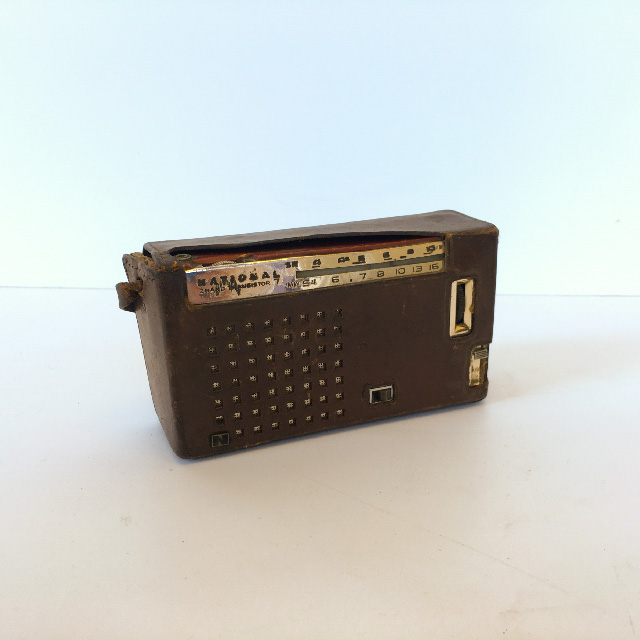 RAD0054 RADIO, Transistor - National in Brown Leather Case $8.75