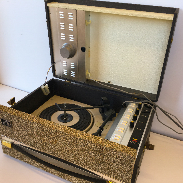 REC0001 RECORD PLAYER, 1950s HMV $30