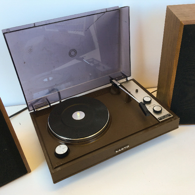 REC0002 RECORD PLAYER, 1970s Brown Sanyo $18.75
