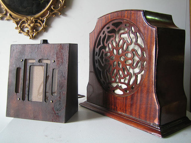1920s & 1930s Woodgrain Speakers