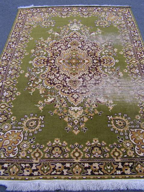 RUG0020 - Traditional Olive/Gold (well worn) 2.5m x 1.6m $37.50