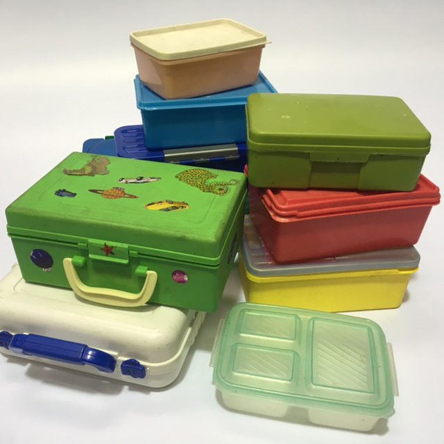 LUN0002 LUNCH BOX, Assorted $3.75