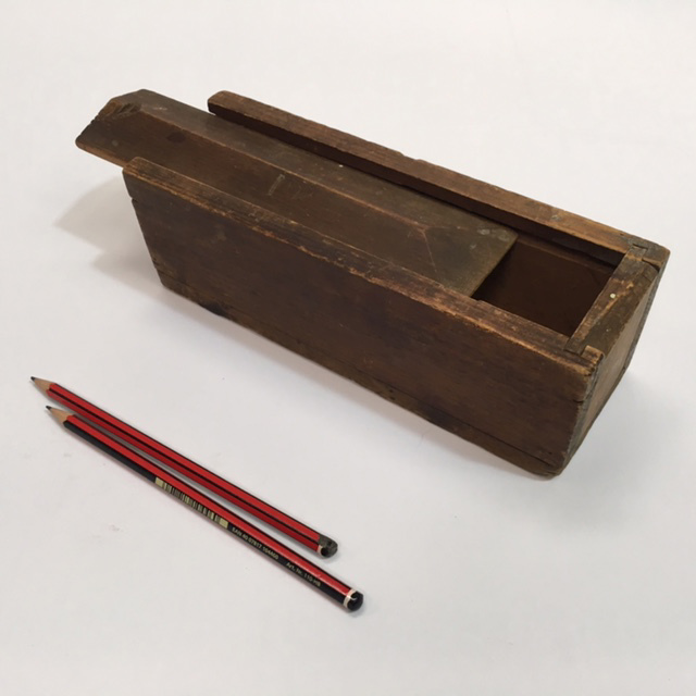 PEN0036 PENCIL BOX, Vintage Wooden $7.50