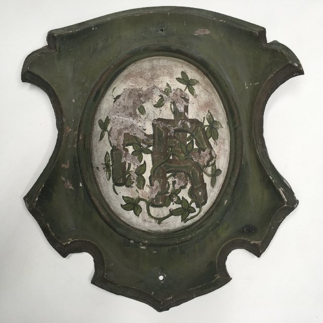 PLA0101 PLAQUE, Old Metal Painted Shield 50cm $22.50