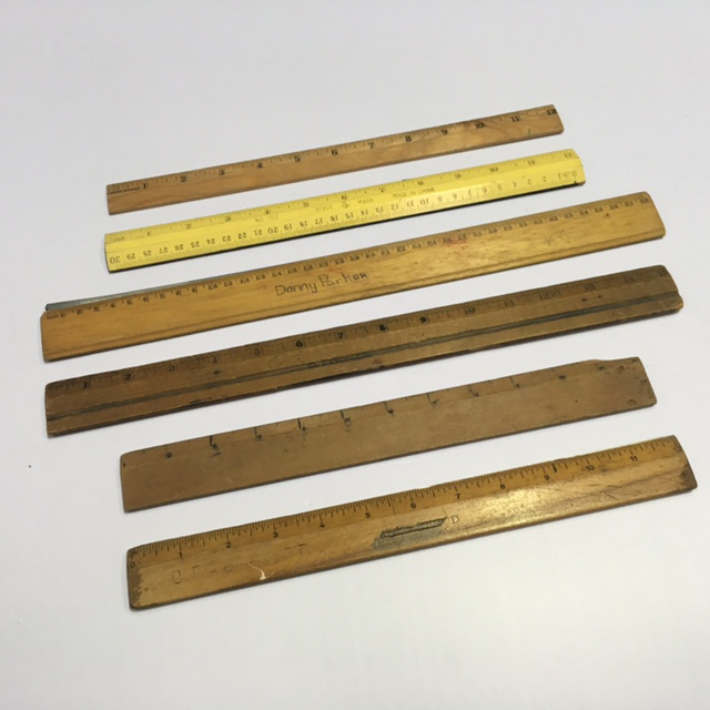 RUL0003 RULER, Wooden Inch $2