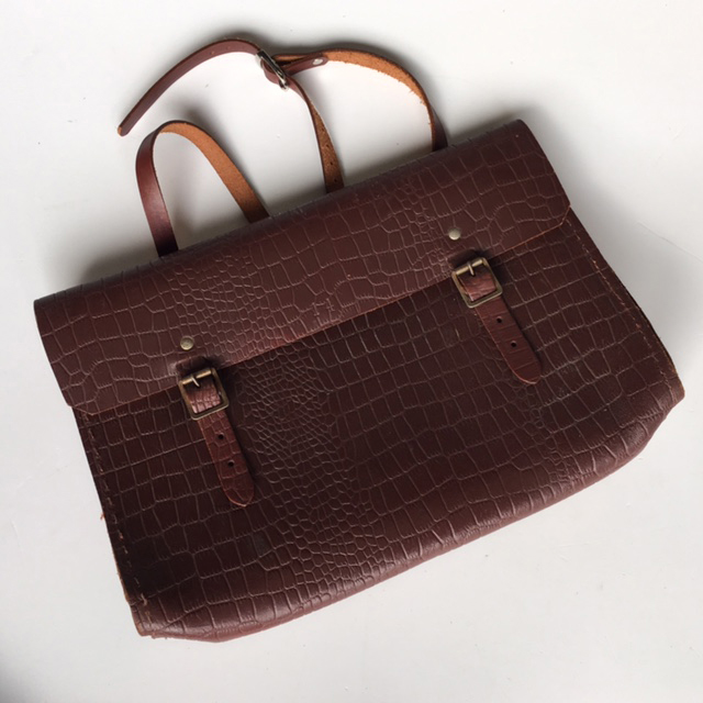SAT0002 SATCHEL, Brown Vintage $18.75