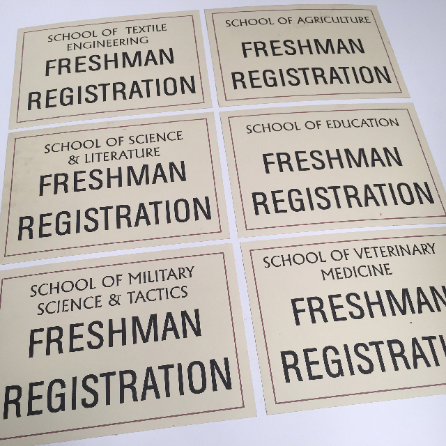 SIG0085 SIGNAGE, 1950s College Registration Poster USA $6.25