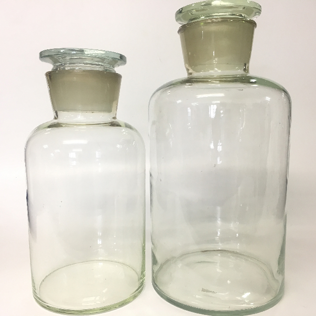 APO0006 APOTHECARY BOTTLE, Extra Large w Stopper 37-43cm H $30