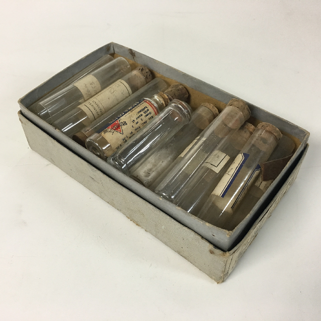 TES0006 TEST TUBE SET, Vintage in Grey Box $12.50