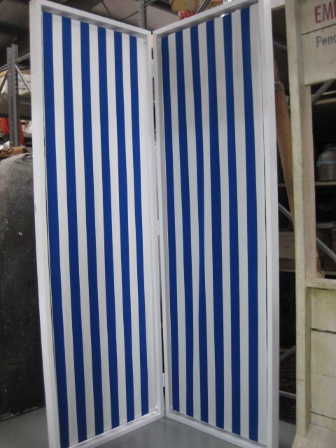 Screen Bifold White Frame with Nautical Stripe