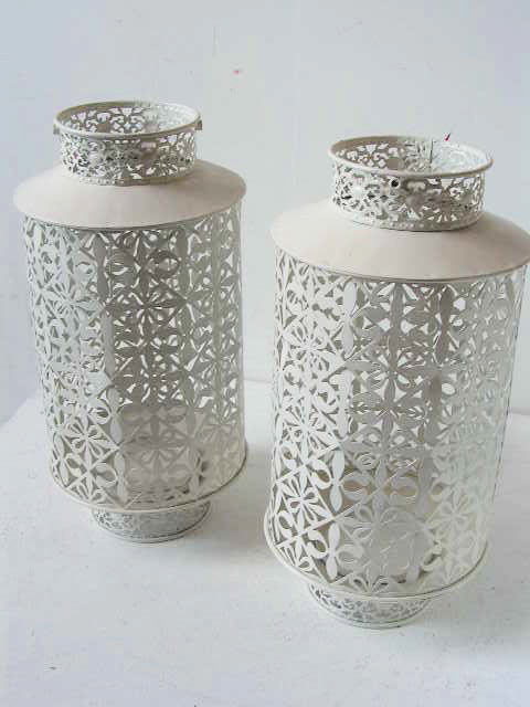 LAN0021 LANTERN, Cream Metal Cut Out Pattern $11.25