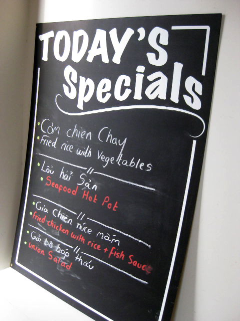 BLA0007 BLACKBOARD, Menu - Todays Specials 90cm x 1.2m $18.75
