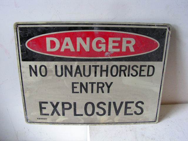 SIG0314 SIGN, Construction - No Unauthorised Entry $12.50