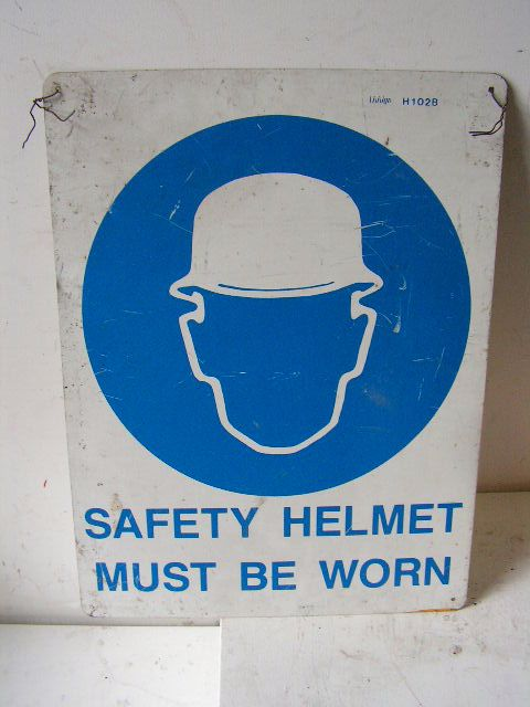 SIG0322 SIGN, Construction - PPS Helmet $11.25