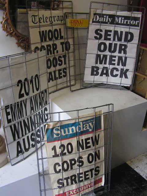 SIG0008 SIGN, Newspaper Wire Cage $18.75