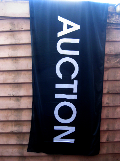 SIG0025 SIGN, Real Estate Flag - Black Auction 95cm x 1.8m $22.50