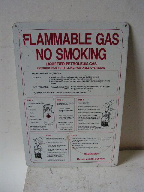SIG0051 SIGN, Safety - Flammable Gas $7.50