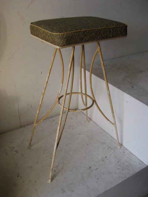 STO0308 STOOL, 1950s Mustard Black Speckle Seat $15