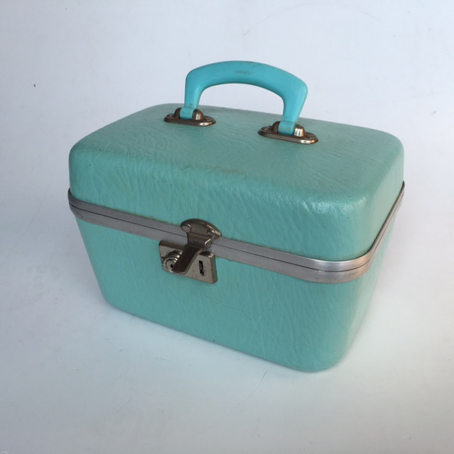 BEA0011 BEAUTY CASE, Mint Hardcase $10