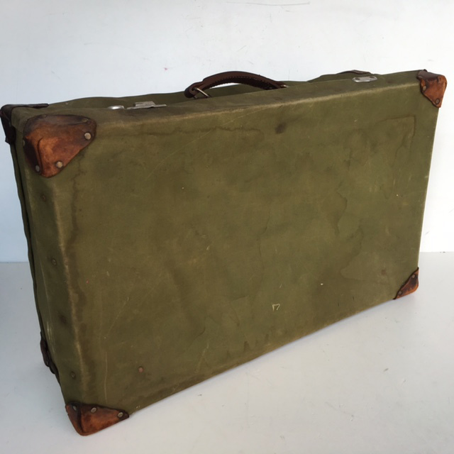 SUI0020 SUITCASE, Large Vintage Style - Army Green $22.50