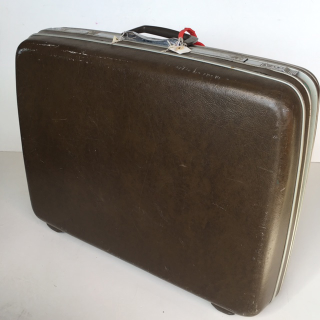 SUI0047 SUITCASE, Large Brown Hardcase - 1970-80s $22.50