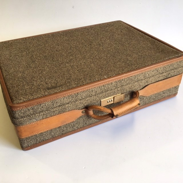 SUI0145 SUITCASE, Large Hartmann Tweed & Tan Leather $75