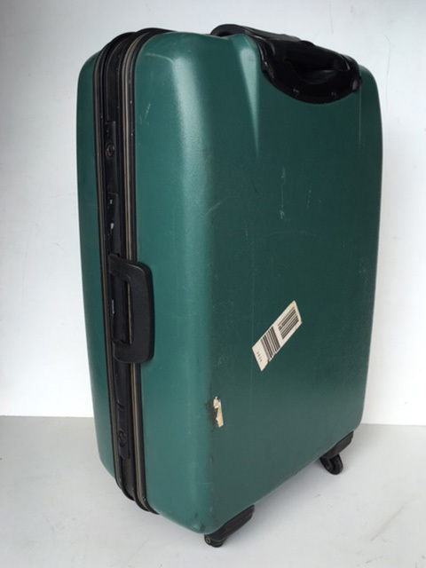 SUI0072 SUITCASE, Large Green Hardcase $22.50