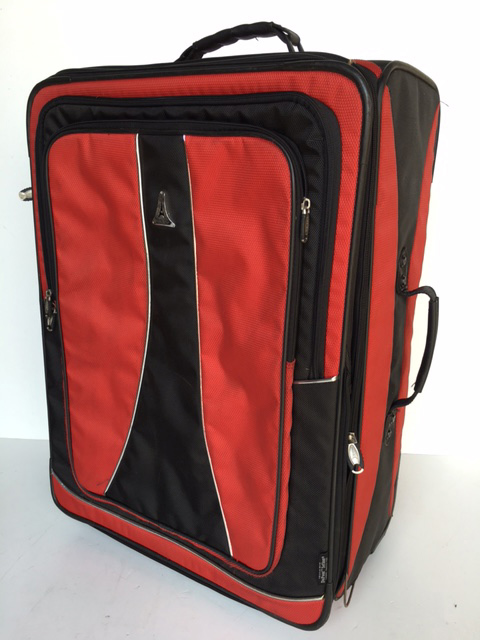SUI0076 SUITCASE, Large Red and Black Soft Case $22.50
