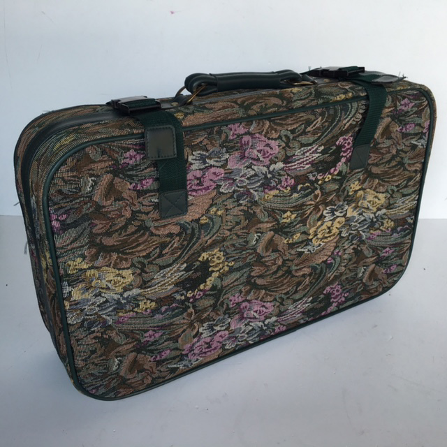 SUI0140 SUITCASE, Medium Tapestry w Green Trim $18.75