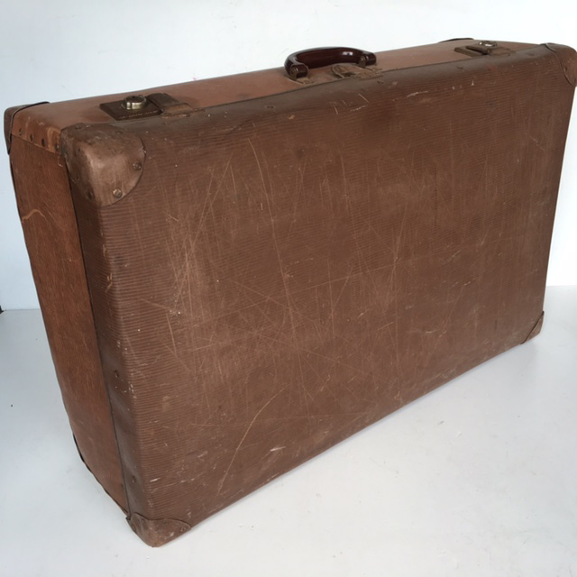 SUI0102 SUITCASE, Vintage Style - Large Brown Globite (Scuffed) $22.50