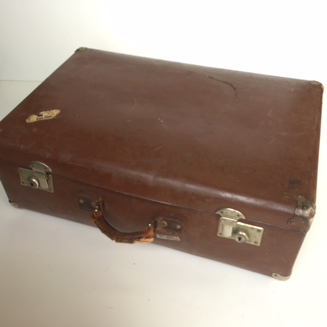 SUI0118 SUITCASE, Vintage Style - Medium Brown Globite Style 2 $15