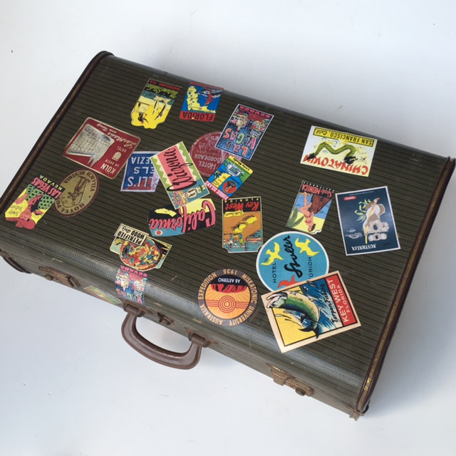SUI0126 SUITCASE, Vintage Style - Medium Forest Green w Travel Stickers $22.50